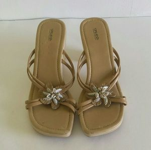 Splash ladies sandals size 11